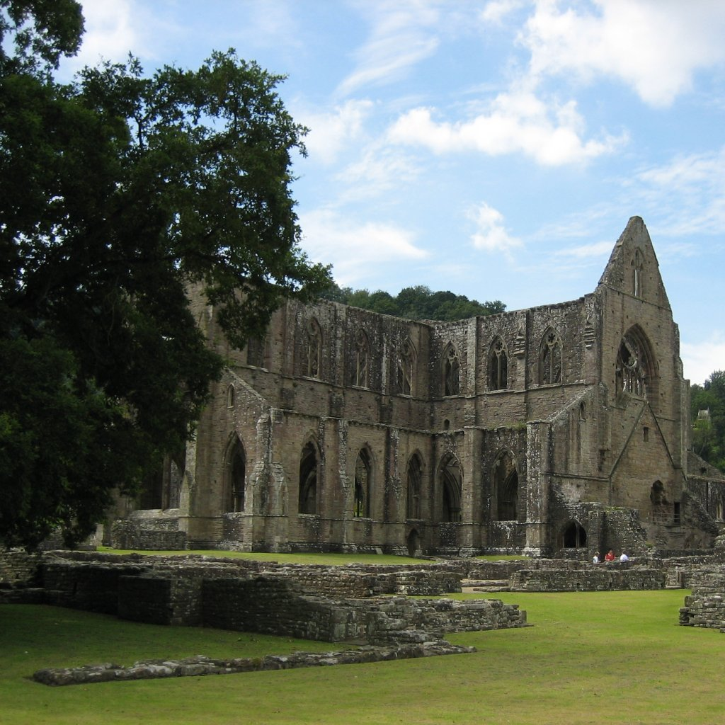 wordsworth tintern abbey thesis William wordsworth, who is considered by many the first true romantic, expresses in his poem tintern abbey many romantic ideals tintern abbey is a monologue.
